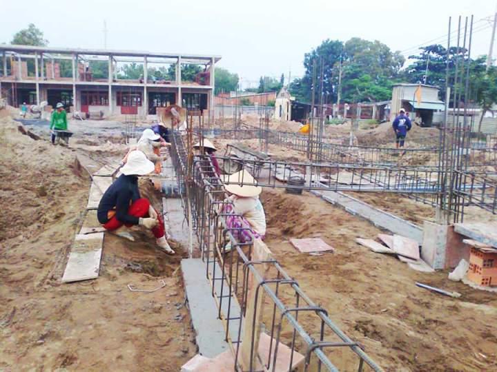 contrcution in HCMC