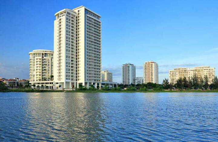 real estate market in District 7