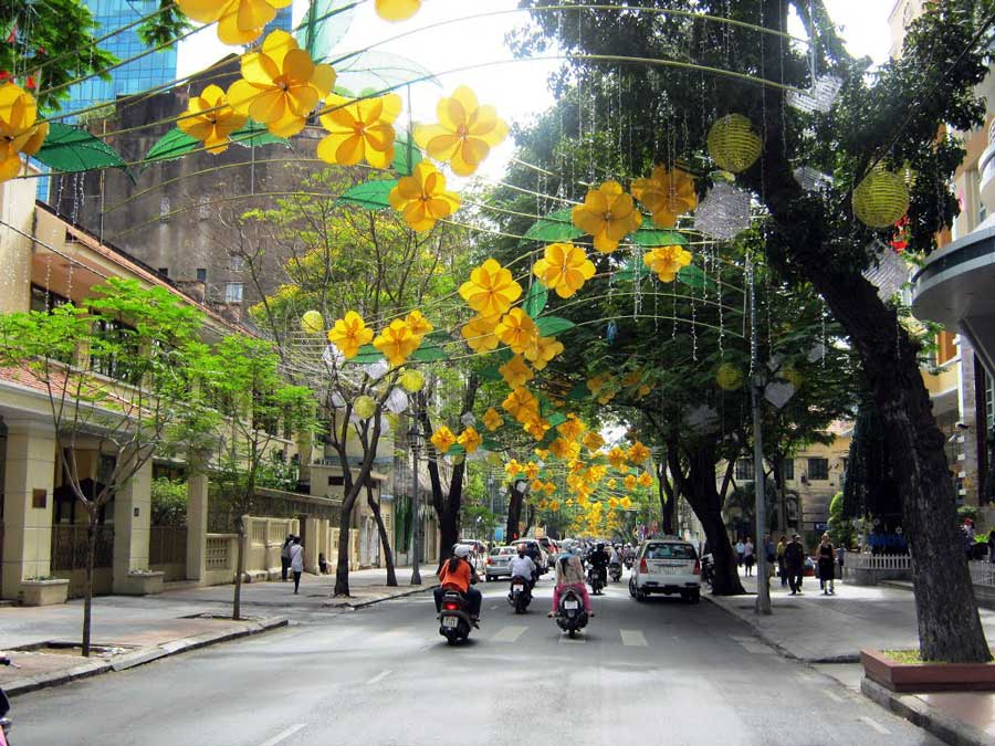 Streets have millions of dollars in HCMC
