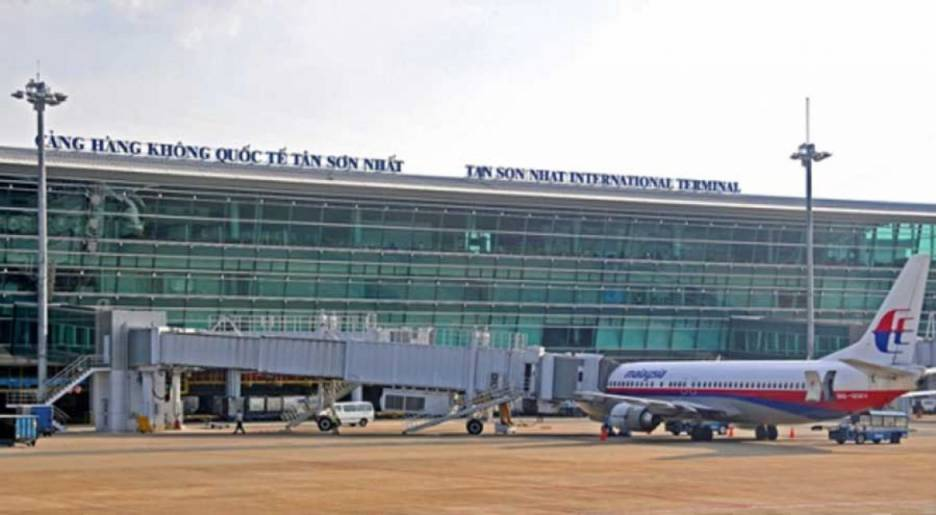 expanding Tan Son Nhat airport
