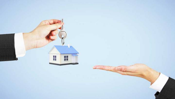 Foreigners buy house in Vietnam