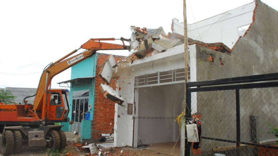 Handling of illegal construction activities