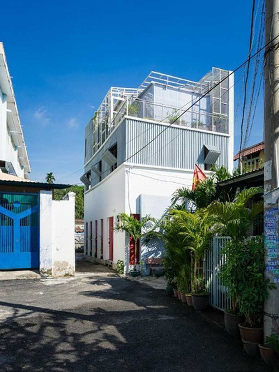 Beautiful 4th grade house shimmering in the heart of Saigon
