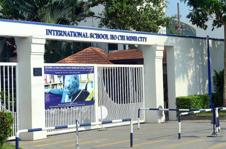 International schools in District 2
