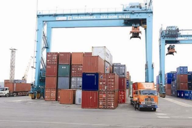 Ho Chi Minh City builds a transshipment port