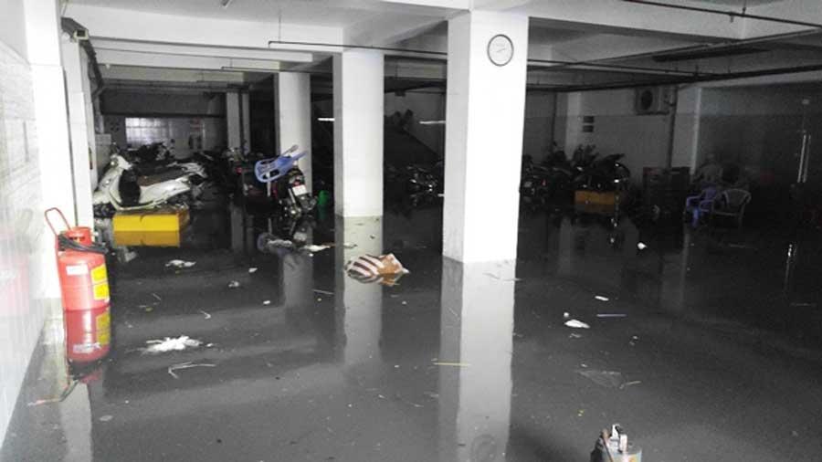 Suffering in apartment in rainy season