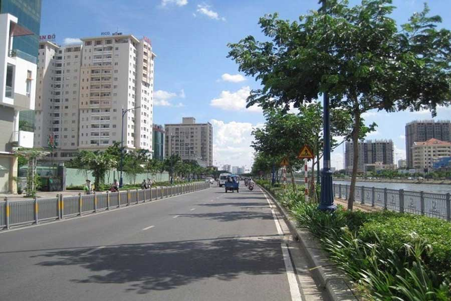 real estate market District 4