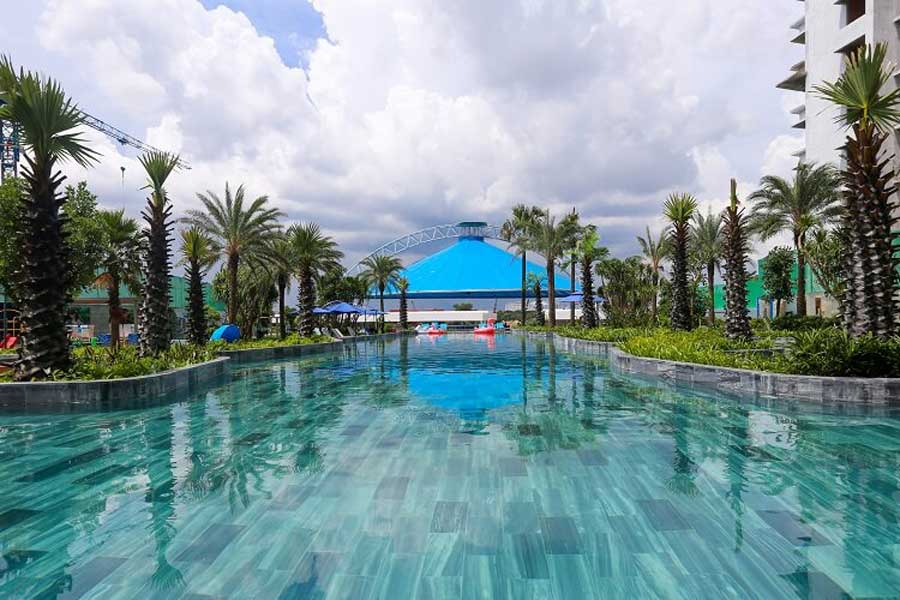 Admire the million dollar pool at the Kenton Node project