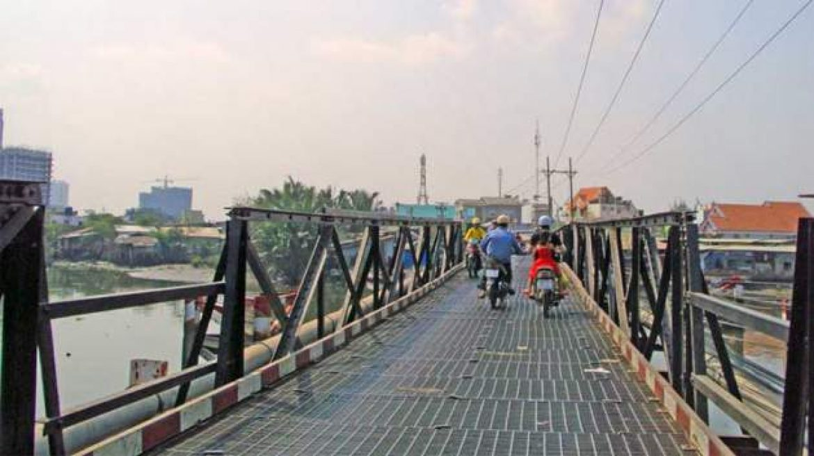 Ho Chi Minh City built two more bridges in Nha Be