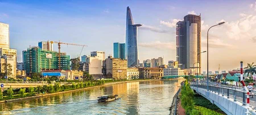 Japanese investors poured US $ 2 billion into real estate