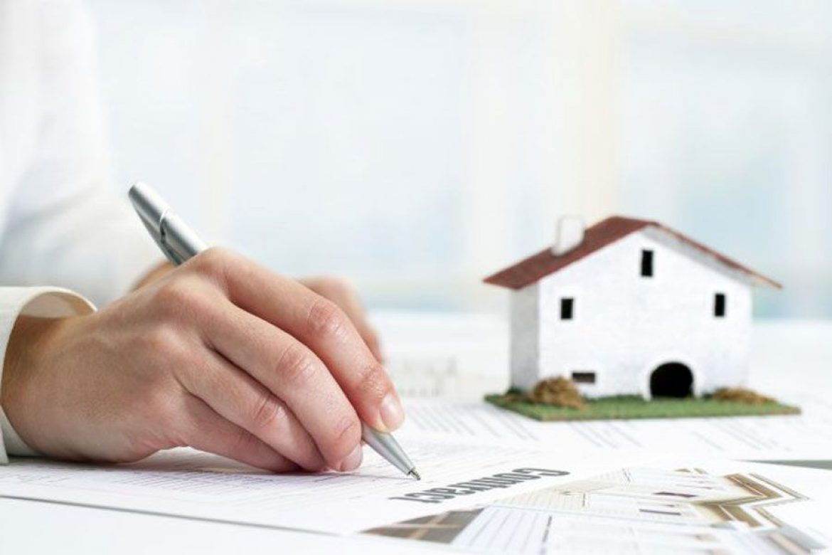 How to limit the risk of buying a home with handwritten paper