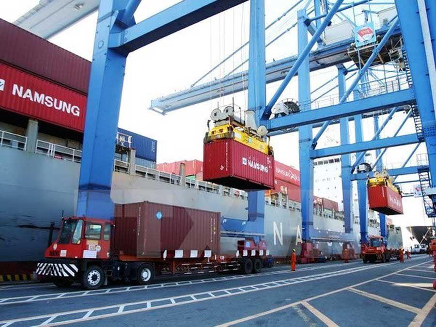 HCMC will build 6 more dry docks
