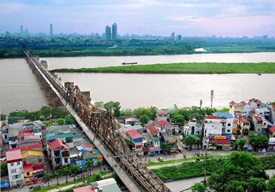 Land in Dong Anh and Long Bien