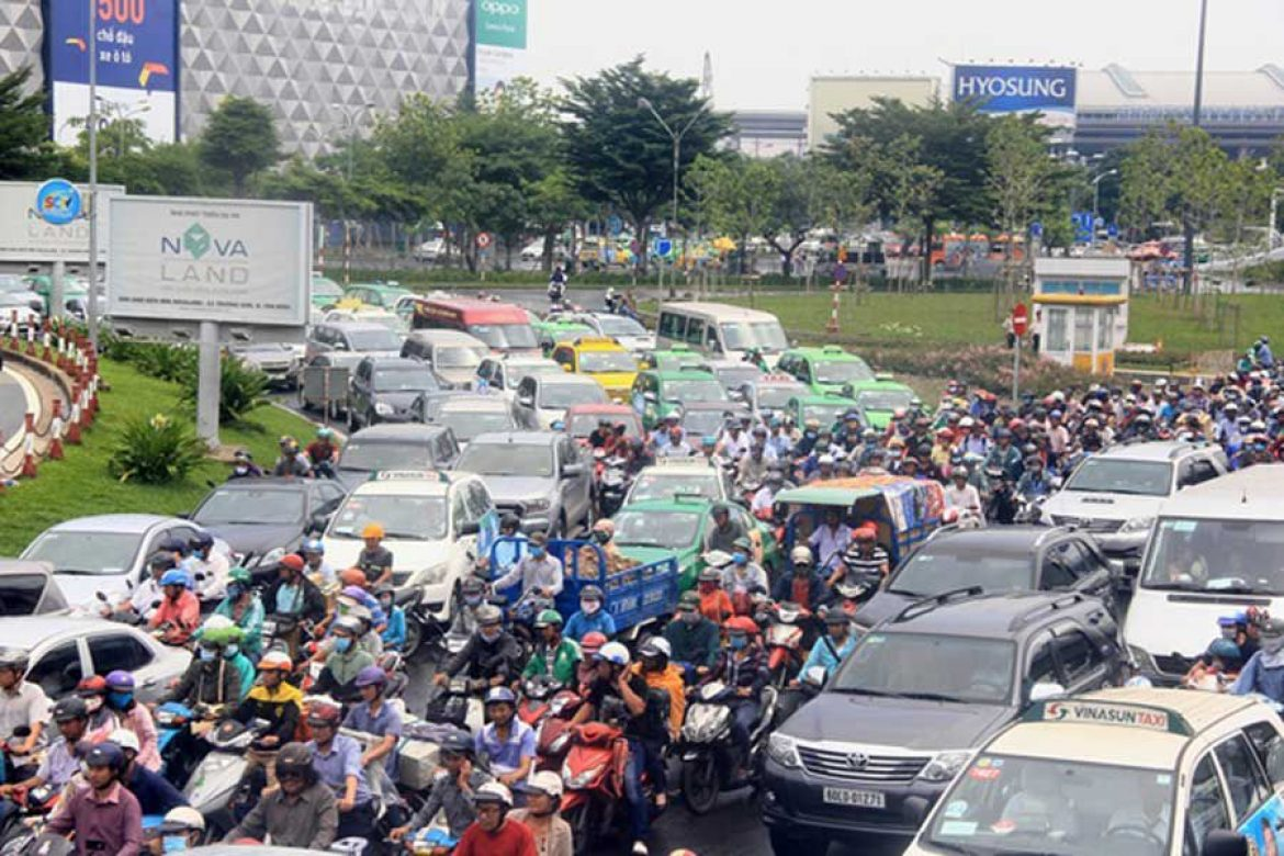Ministry of Transport prioritize the task of reducing congestion for Tan Son Nhat airport