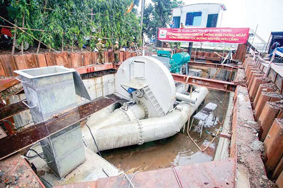 Temporary flood protection system