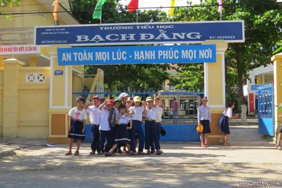 Bach Dang Primary School
