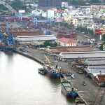 Ho Chi Minh City moved 10 ports on the Saigon River, preparing to build Thu Thiem 4 bridge