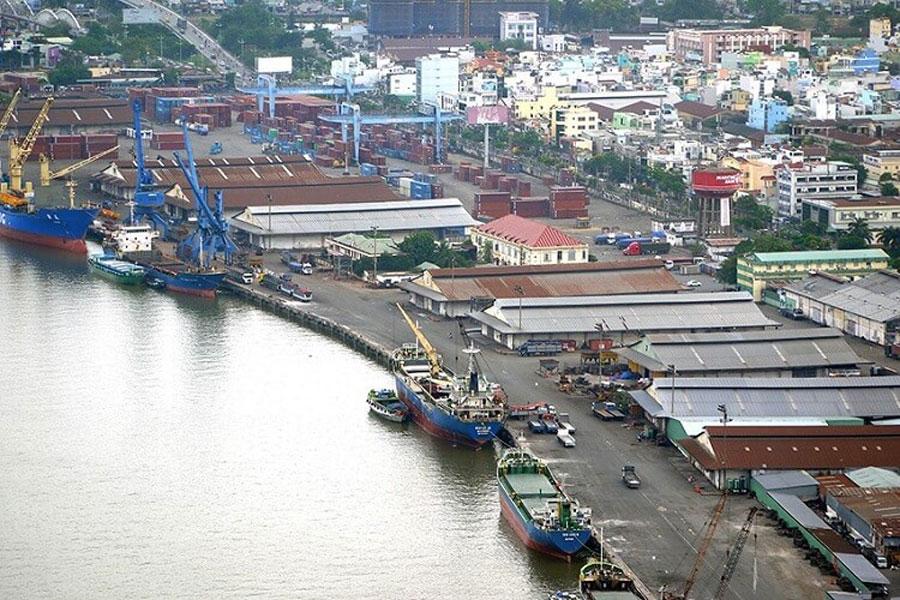 Ho Chi Minh City moved 10 ports on the Saigon River