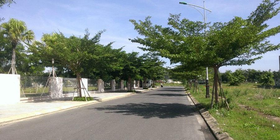 Land-in-Da-Nang