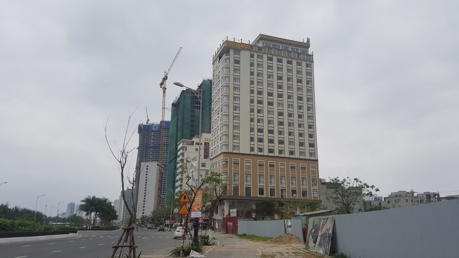 a-few-buildings-in-DaNang