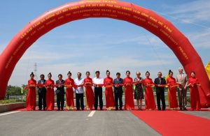Inaugurate Cao Lanh cable-stayed bridge