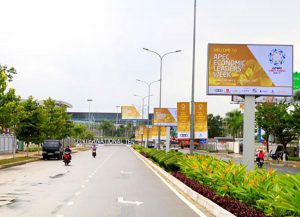 The key routes around the city are decorated magnificently to serve the APEC summit