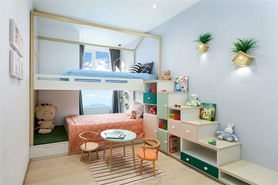 Charmington Iris bedroom for children