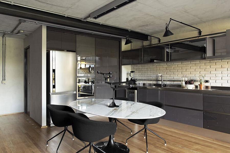 Kitchen neat, neat with modern equipment