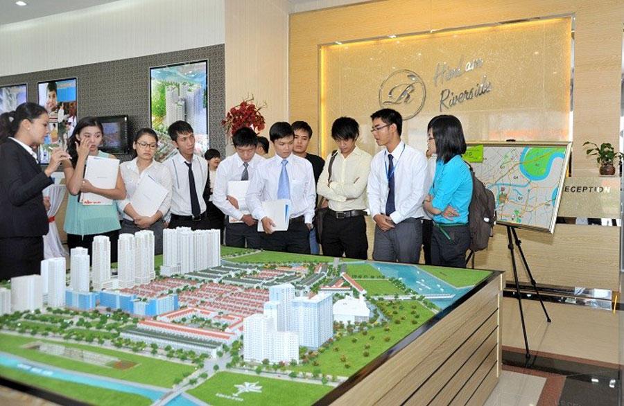 Da Nang announced 8 real estate trading floors having been closed