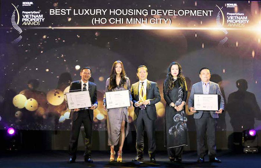 Representatives of award companies: Khang Dien - Kien A - Capitaland.