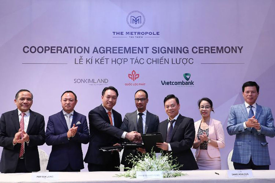 Signing ceremony between SonKim Land, Loc Liem and Vietcombank.