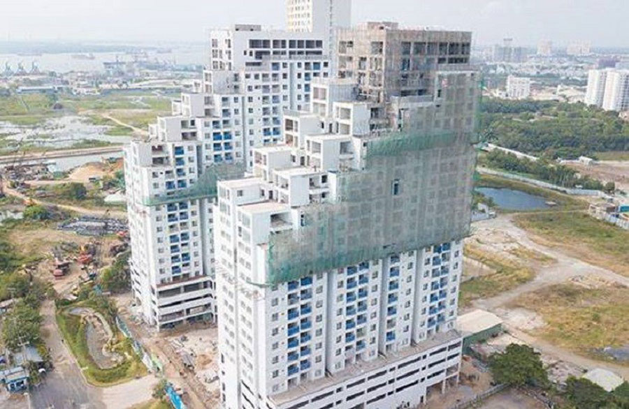 The 9,000sq.m of land has become two 25-storey buildings called Luxgarden
