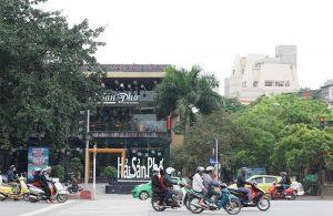 The restaurant is built on the Phan Ke Binh drainage ditch