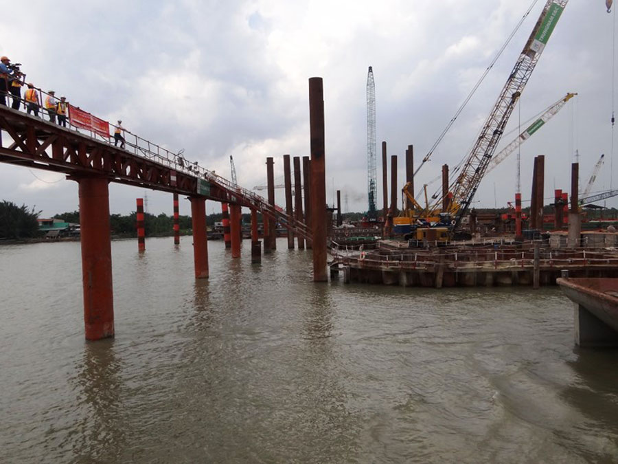 The tide control works have stopped construction nearly 3 months