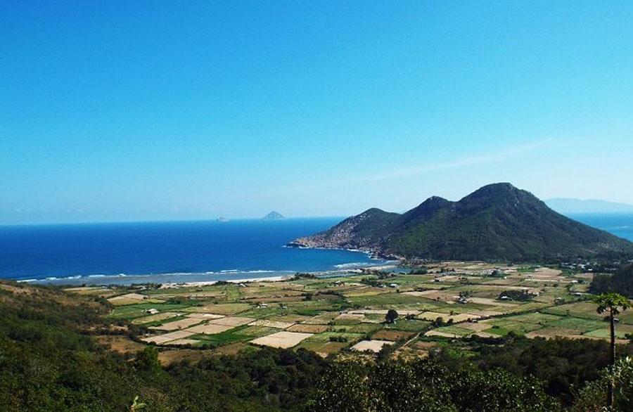 Van Phong bay, Khanh Hoa province