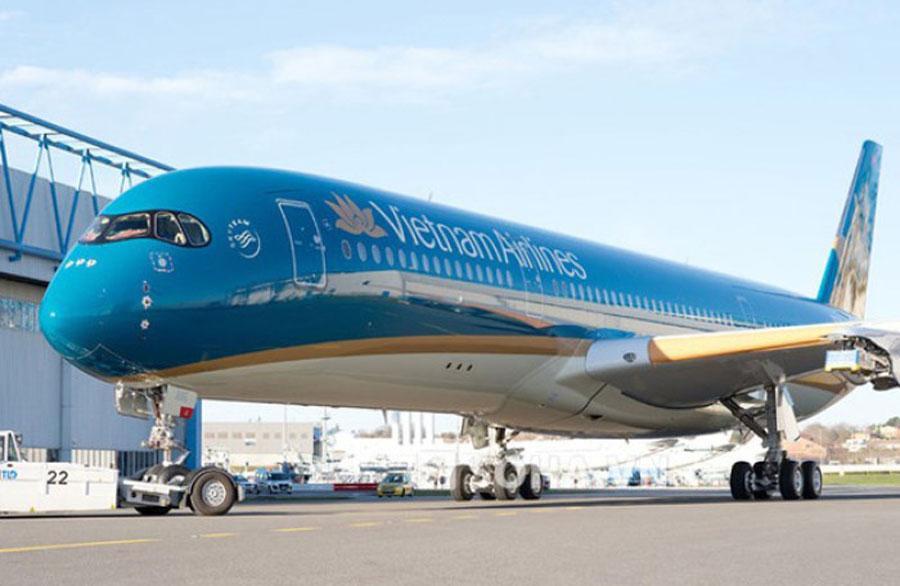 Vietnam Airlines adjusts airfares