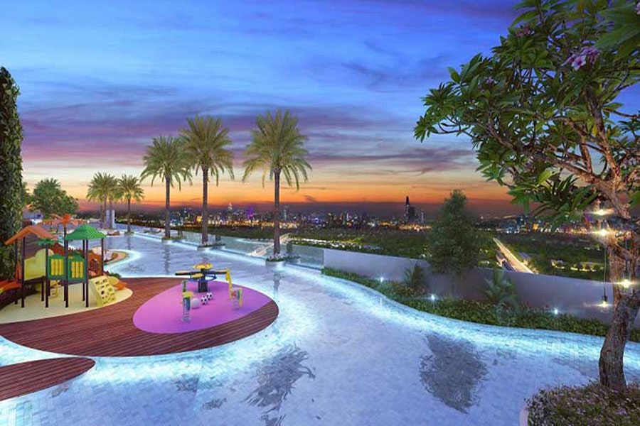 Infinity pool at the Sky 89 project
