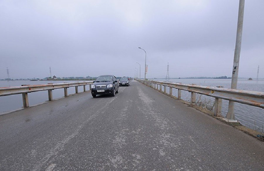 The bridge over the sea in Quoc Oai has been cleared after 10 days