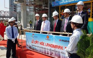 The landmark of The Landmark 81 is to take the roof