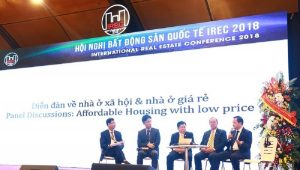 Experts discuss the afternoon session of the conference