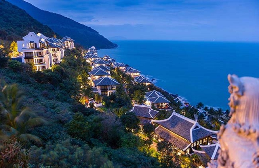 InterContinental Danang Sun Peninsula Resort received the World Travel Awards for the fourth time