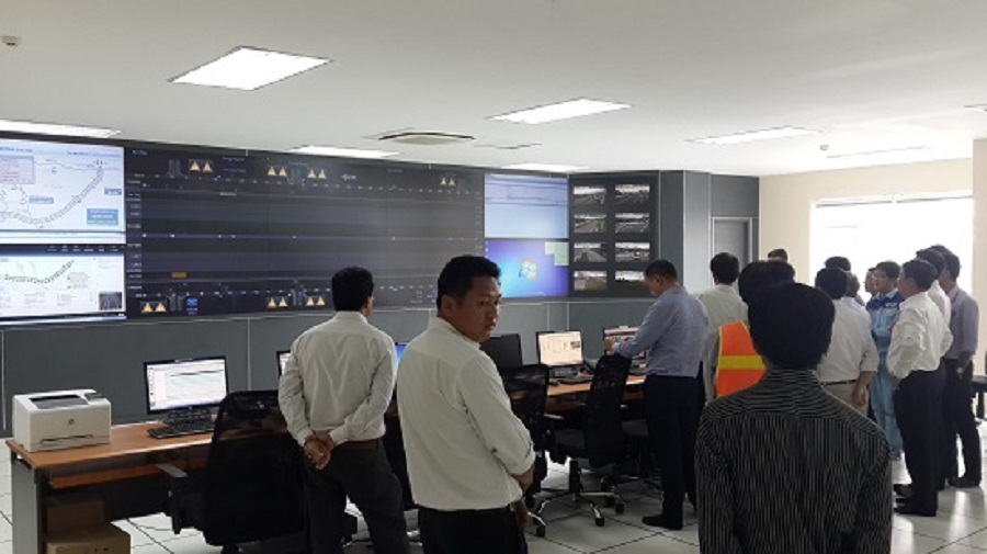 The Intelligent Traffic Management Center (ITS) has 68 surveillance cameras on the entire route